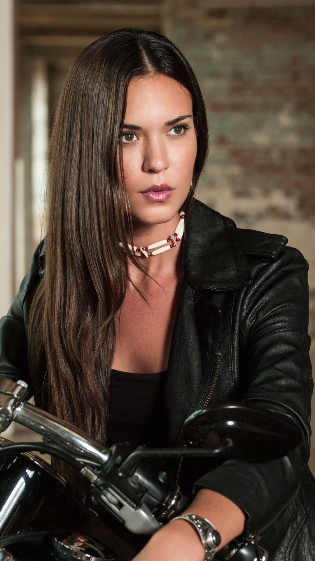 Odette Annable American Actress Leather Jacket 1080x1920 Wallpaper Beautiful Girl Face Leather Jacket Girl Beauty Women
