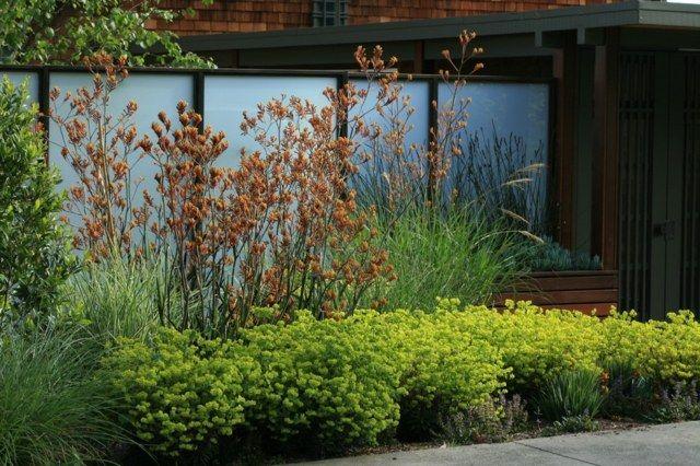 Elegant Sichtschutz Paravent Glas Metall Garten aufteilen