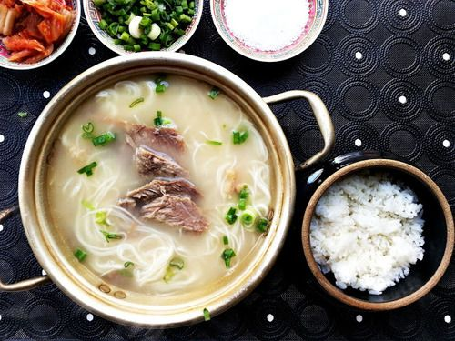 Korean Beef Bone Soup