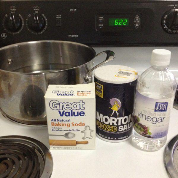1 Unclogging Drain With Vinegar Baking Soda And Salt Baking Soda Drain Cleaner Baking Soda Vinegar Baking Soda Uses