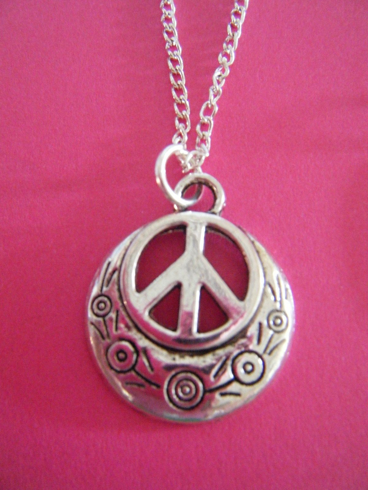 Free gift antiqued silver hippie peace sign pendant chain necklace free gift antiqued silver hippie peace sign pendant chain necklace ebay mozeypictures Image collections