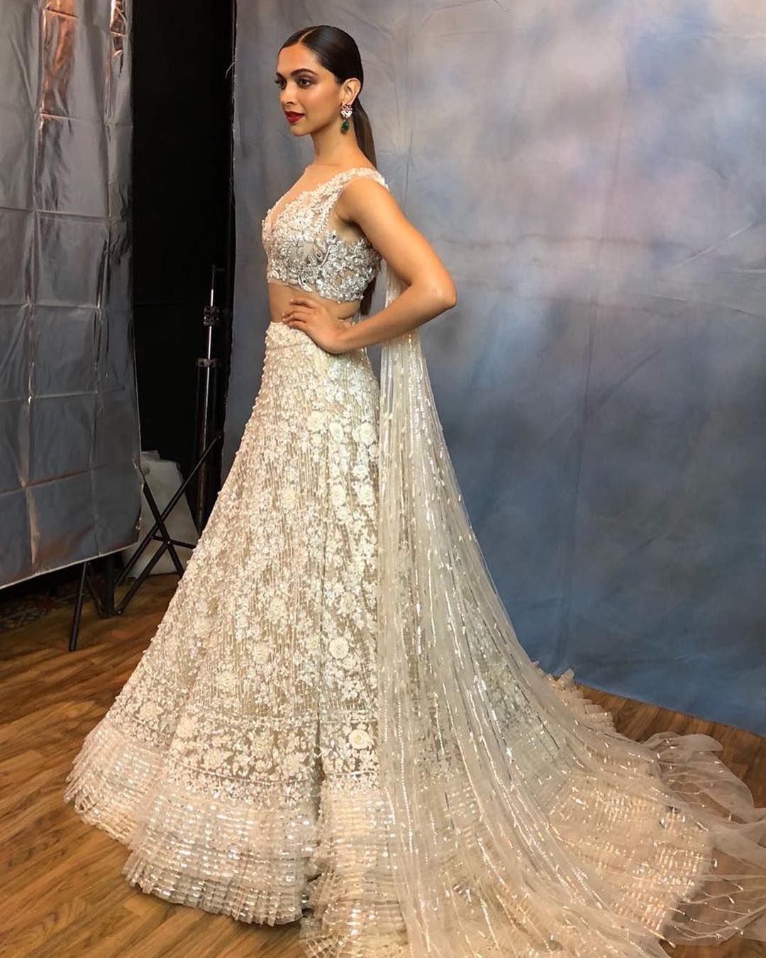 April 2018 Manish Malhotra On Instagram Manishmalhotra05 The Very Gorgeous Deepikapadukone Beautifu Indian Bridal Wear Indian Bridal Outfits Indian Bridal