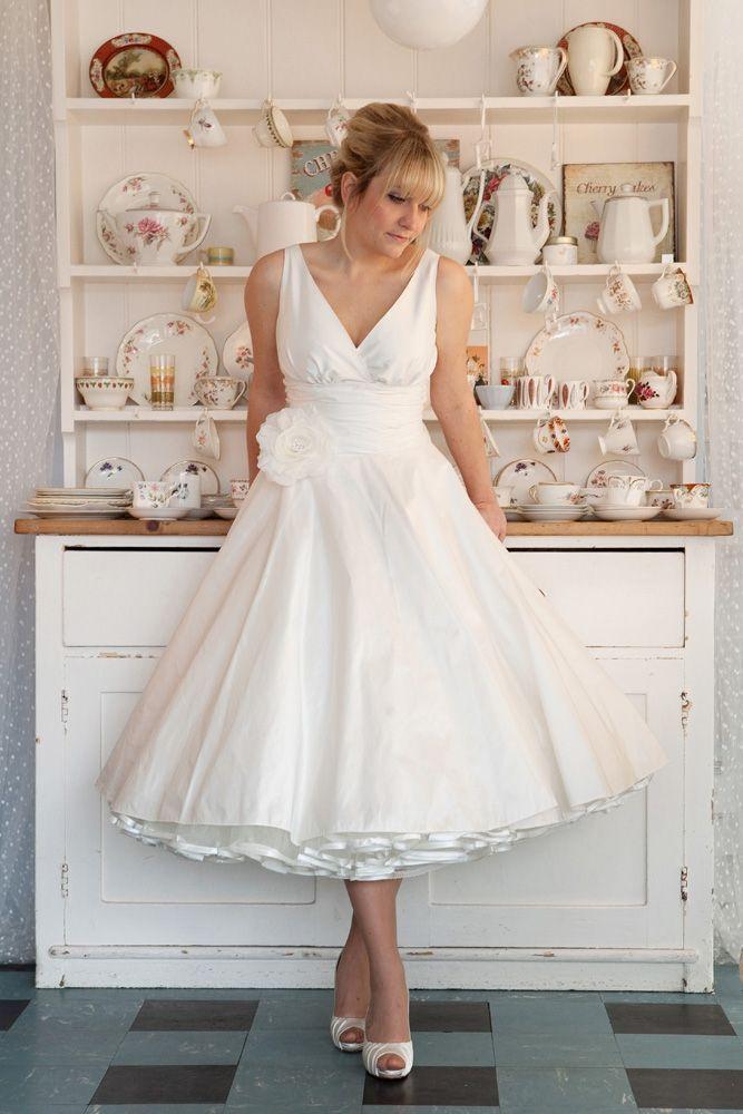 Amazing Retro Wedding Dresses 1950s … | Pinteres…