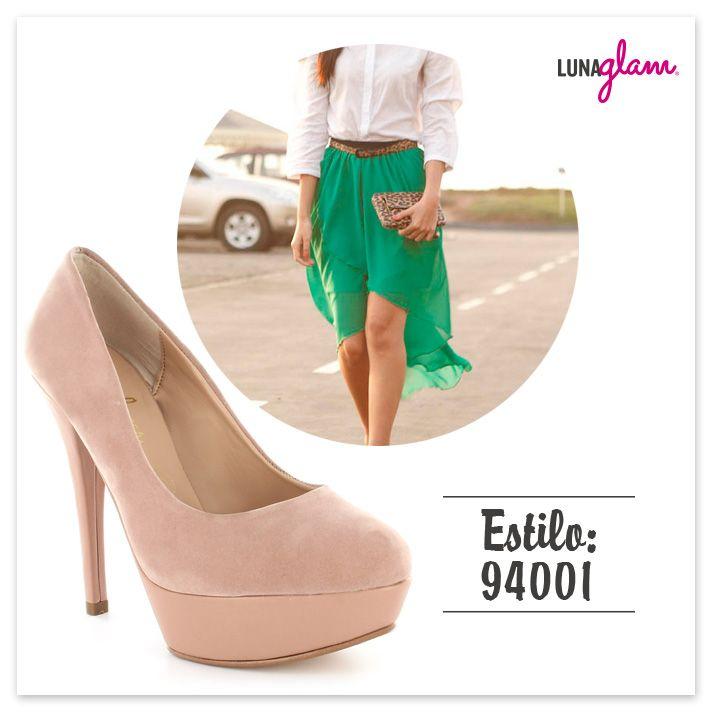¿Qué les parece esta falda asimétrica con un modelo LunaGlam?
