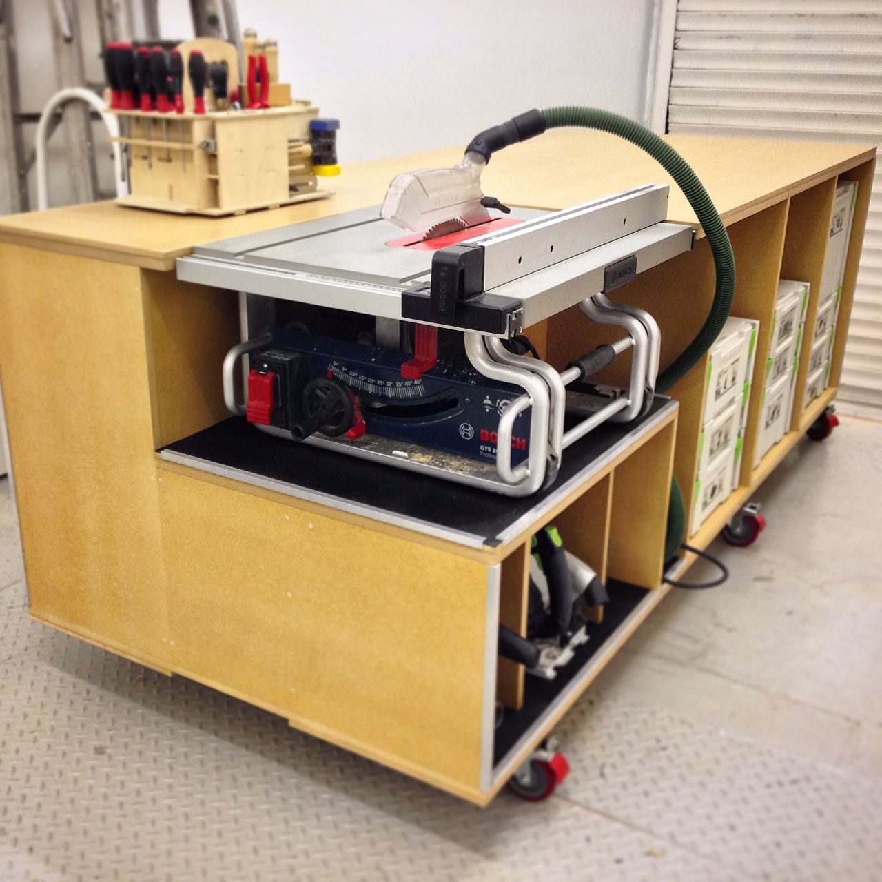 Another rolling workbench... Rolling workbench