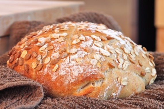 "Great ""No Knead"" Artisan Bread - I Adore Food!- This is the recipe I used for my bread, I just used whole wheat flour instead of all purpose. :)"