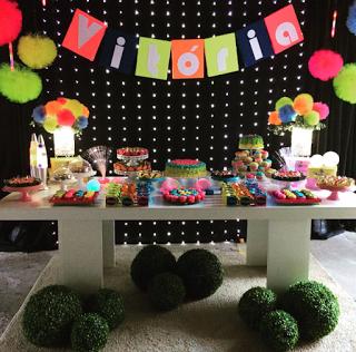 Ideas, decoración y manualidades para fiestas: Fiesta de adolescentes: neon party                                                                                                                                                                                 Más