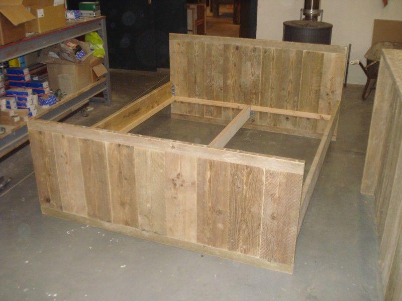 Beste bouwtekening steigerhouten bed met lades - Google zoeken (met PV-91