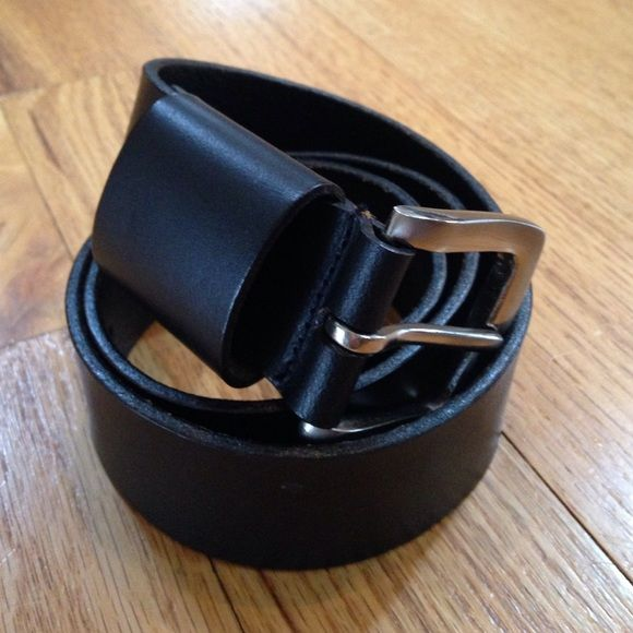 Black leather belt Genuine leather. Size small. Approx 36 inches. Excellent condition. Accessories Belts