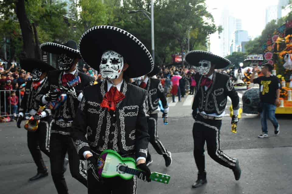 Mexico City S Day Of The Dead Parade 2018 In Pictures Day Of The Dead Mexico Parades