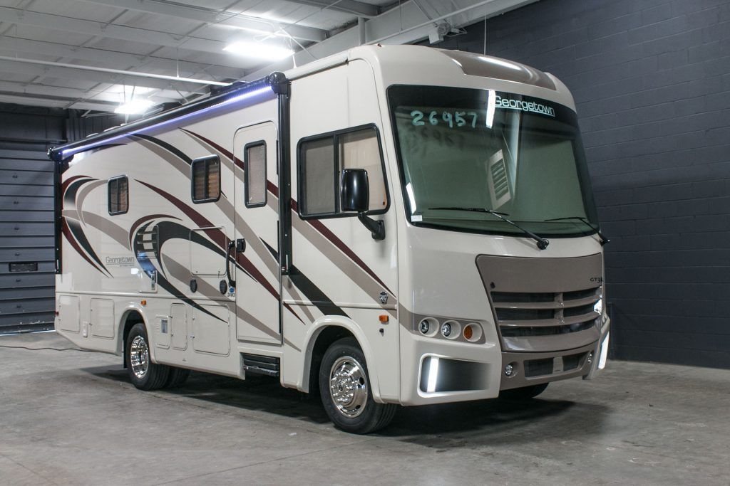 2017 forest river 3 series 24w small class a