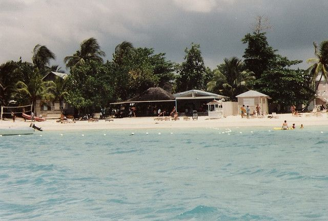 Alfred's Bar/Restaurant for live music in Negril, Jamaica