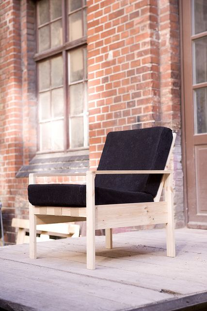 24 euros sessel beautiful and simple armchair by german designer le van bo hartzivmoebel de offers tutorials to build it and other bauhaus inspired
