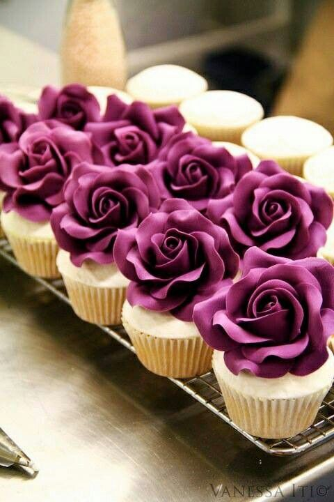 Rosy plum cakes  Starting a Catering Business  Start your own catering business  http://www.startingacateringbusiness.com