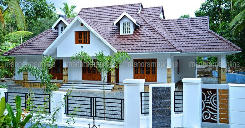 Latest Model Truss Room 4 Bedroom Home In Kerala Traditional Kerala Home With Truss Roof Budge Kerala House Design Philippines House Design Model House Plan