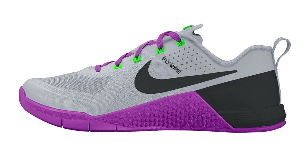 Nike MetCon 1 Women's Wolf Grey / Black / Vivid Purple / Voltage