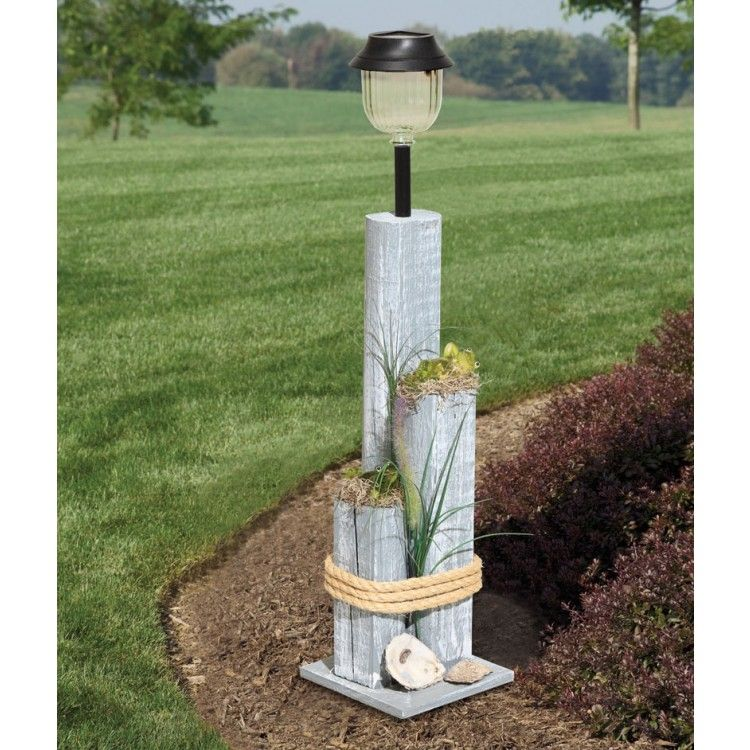 amish pier post with solar light outdoor decor pinterest jardins lumiere solaire et d co. Black Bedroom Furniture Sets. Home Design Ideas