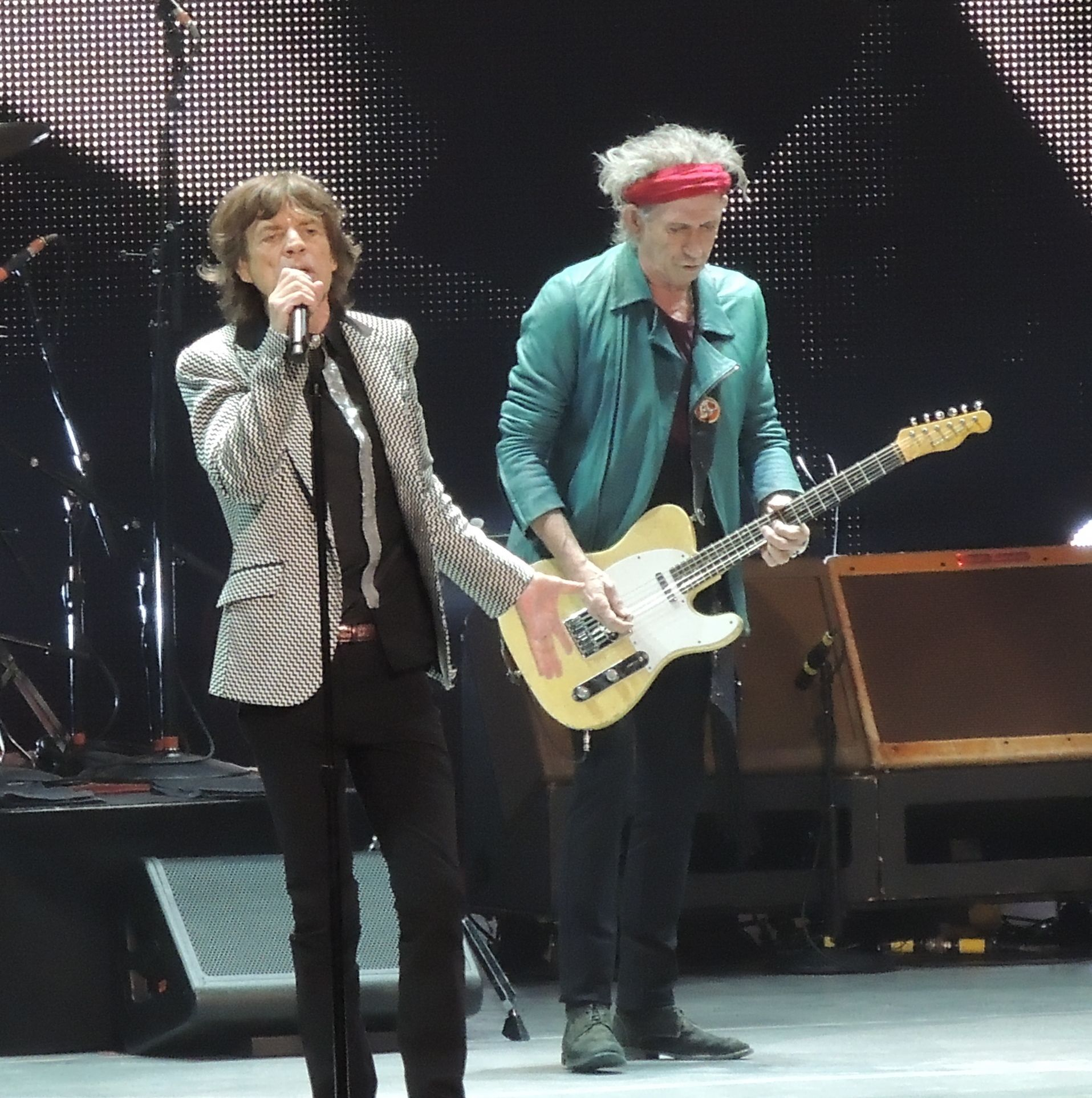 Mick_Jagger_Keith_Richards_Rolling_Stones_2012-12-13.jpg (1915×1925)