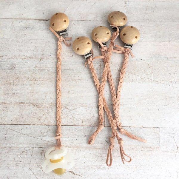 schnullerkette schnullerkette selber machen baby baby crafts und handmade baby. Black Bedroom Furniture Sets. Home Design Ideas
