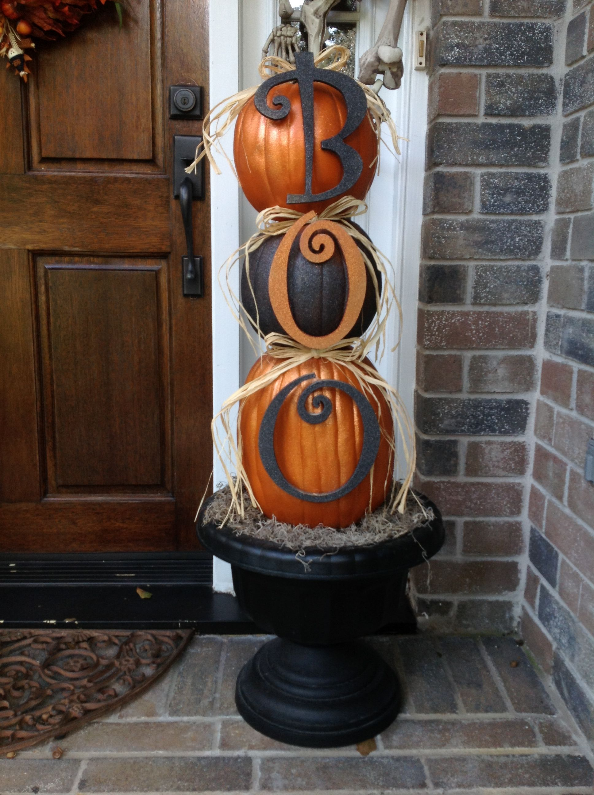Beautiful porch decorations All Things Halloween Pinterest