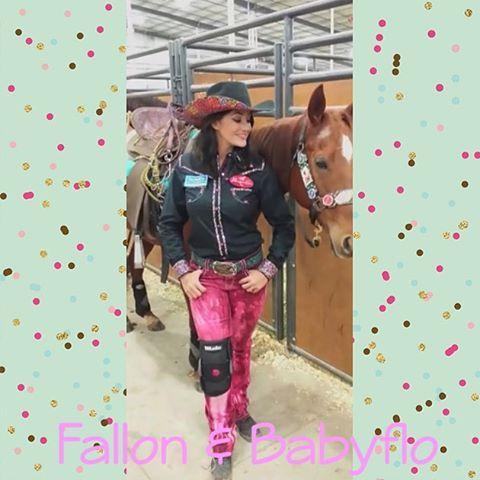 Fallon and Miss Babyflo looking perfect!! #thebabyfloshow #Fallontaylor #gowiththeflo #teamdynasty #rodeofashionistas #FT ✨ @fallontaylor2