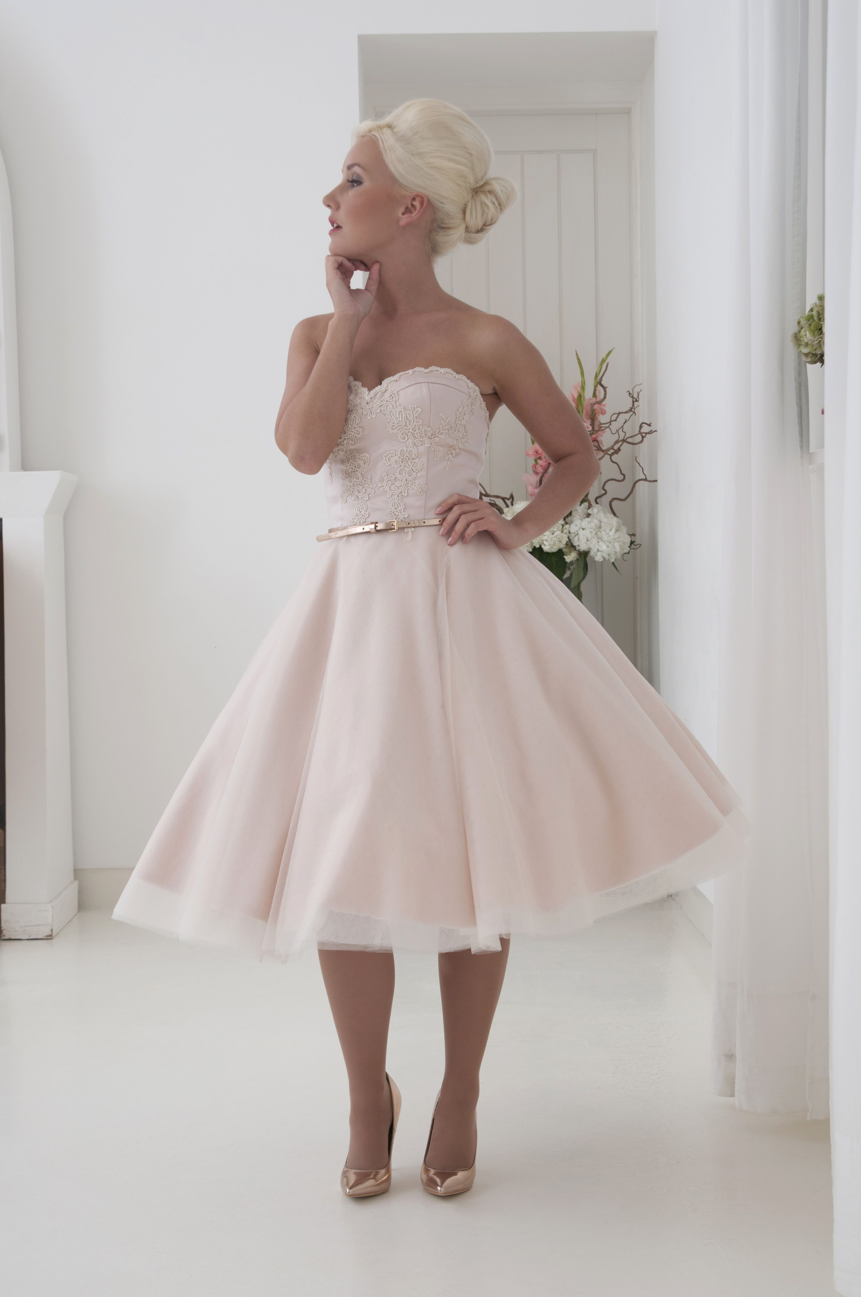 Elegant Blush Pink Strapless Satin And Tulle Short Tea Length Wedding Dress Lace Tulle Hou Tea Length Wedding Dress Tea Length Dresses Short Wedding Dress [ 4288 x 2848 Pixel ]