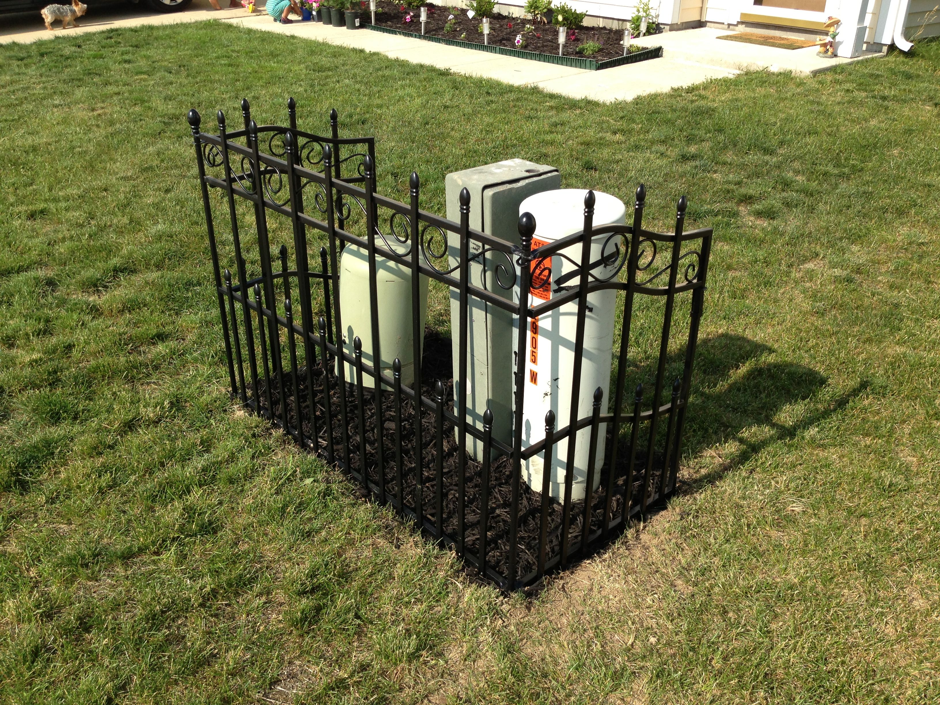 Electric box cover up lawn garden pinterest electric box electric box cover up baanklon Gallery