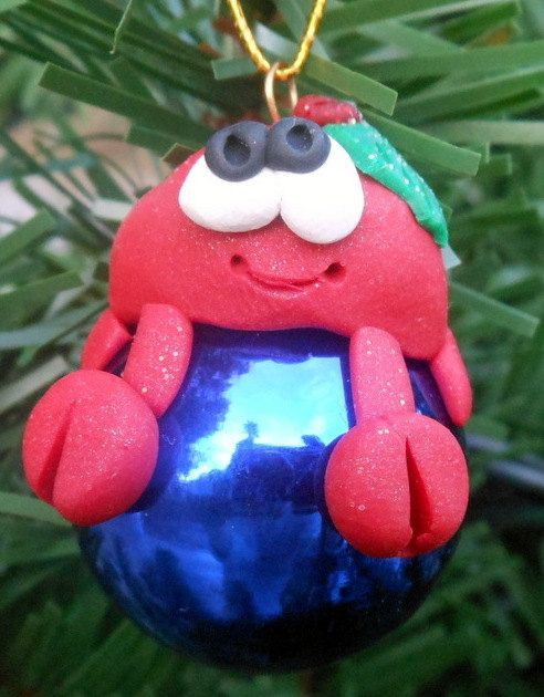 Check out this item in my Etsy shop https://www.etsy.com/listing/229886306/christmas-crab-polymer-clay-glass