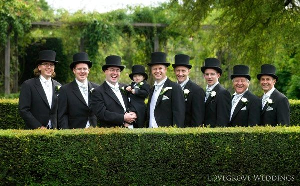 Black top hats for grooms and groomsmen - Love Grove Photography ... 325a901f739