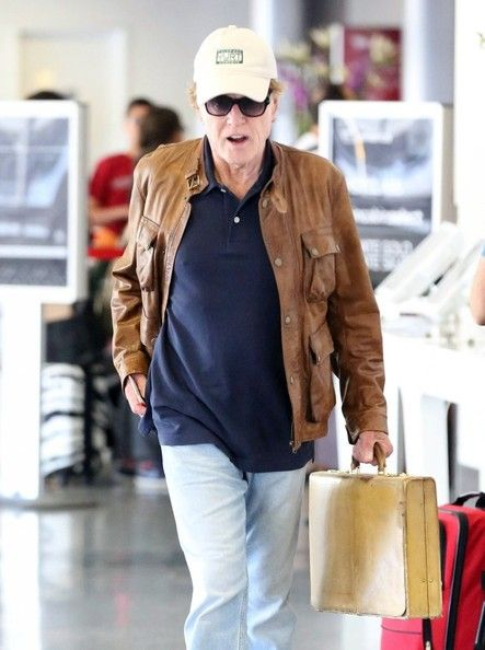 Robert Redford - Robert Redford Leaves LA