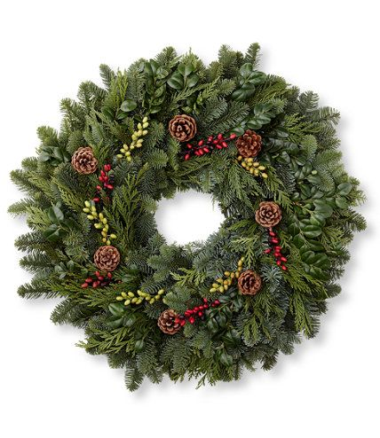 Woodland Berry Christmas Wreath In 2020 Berry Wreath Christmas Wreaths Natural Wreath