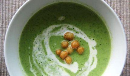 Brokolicová polievka s ovsenou smotanou
