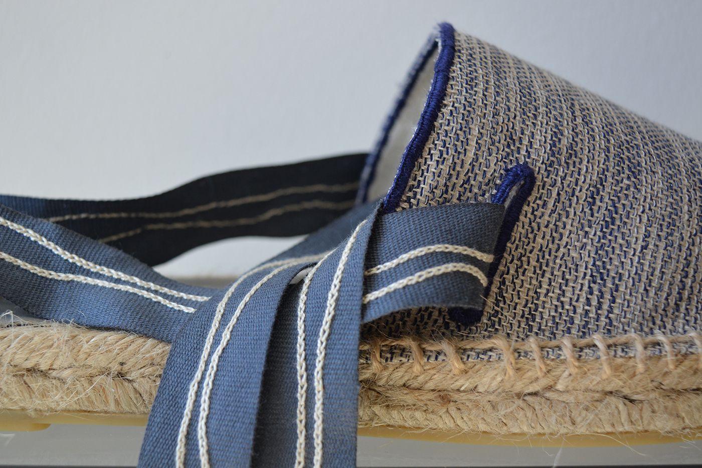 Embroidery Footwear on Behance. Bordado à mão. Hand Embroidered. #calçado #design #bordado #bordadoàmão #qualidade #exclusivo #excelência #produto #teiadelinho   #shoe #shoes #design #embroidery #handembroidery #quality #exclusive #excellence #product #teiadelinho