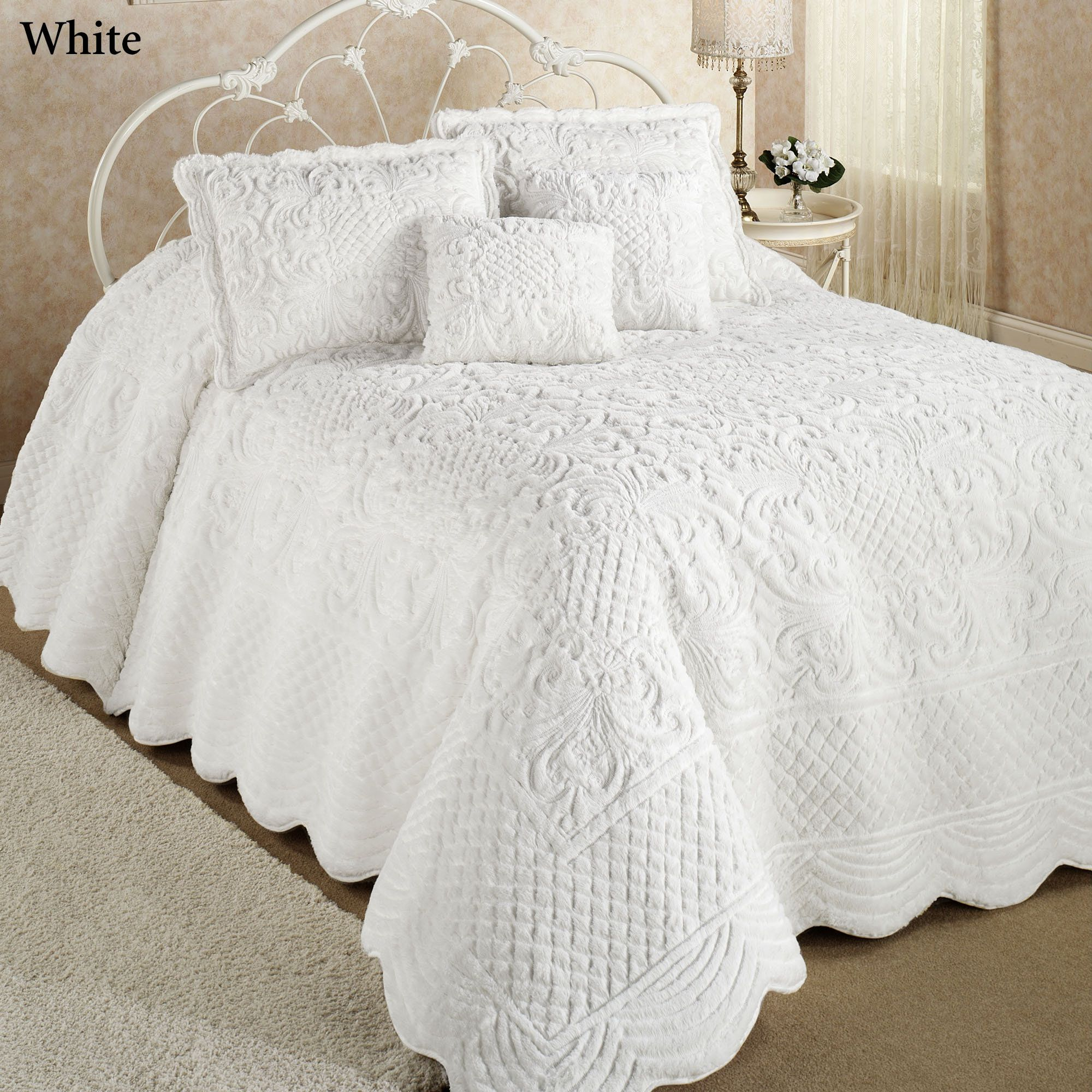 set home quilt ivory beatrice chenille com reviews quilts oversized findingtop bedspread king best bedspreads medallion fashions coverlets and