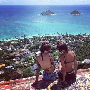 Hawaii... I cannot wait to be reunited with my best friend in my favorite place!! SO SOON!