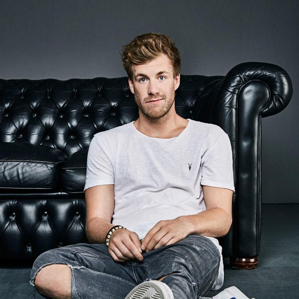 Pin Von The Black The White Auf Addicted To Luke Mockridge Luke Deutsche Youtuber