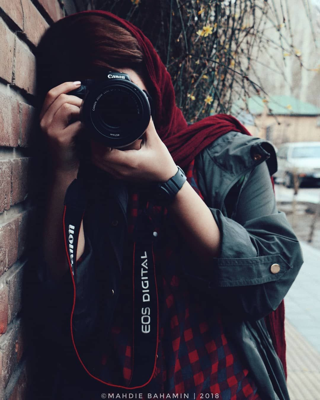 Image May Contain One Or More People And Outdoor Photographer Girl Photography Poses Women Girl Photo Poses