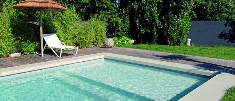 Un troph e d 39 argent pour une piscine desjoyaux piscine for Piscine desjoyaux