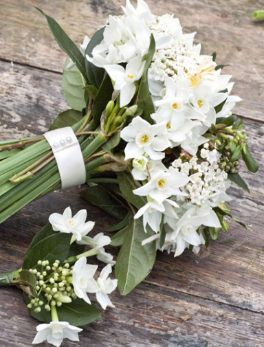 Luxury Wedding Florist providing flowers in the Cotswolds