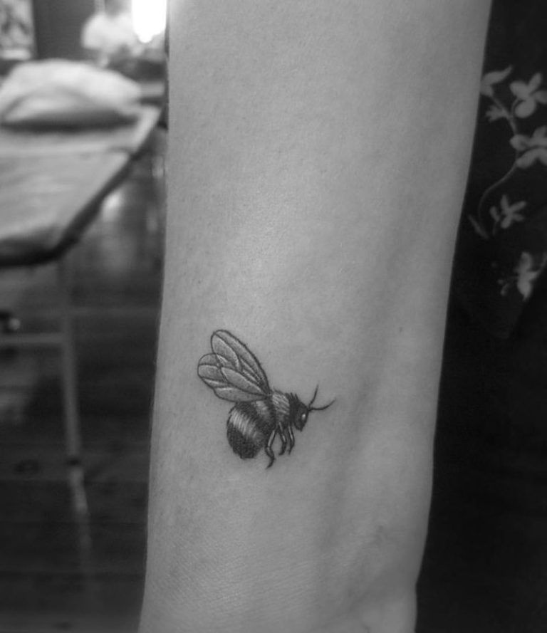 The Best Bee Tattoos Tattoo Insider Bee Tattoo Weird Tattoos Bumble Bee Tattoo