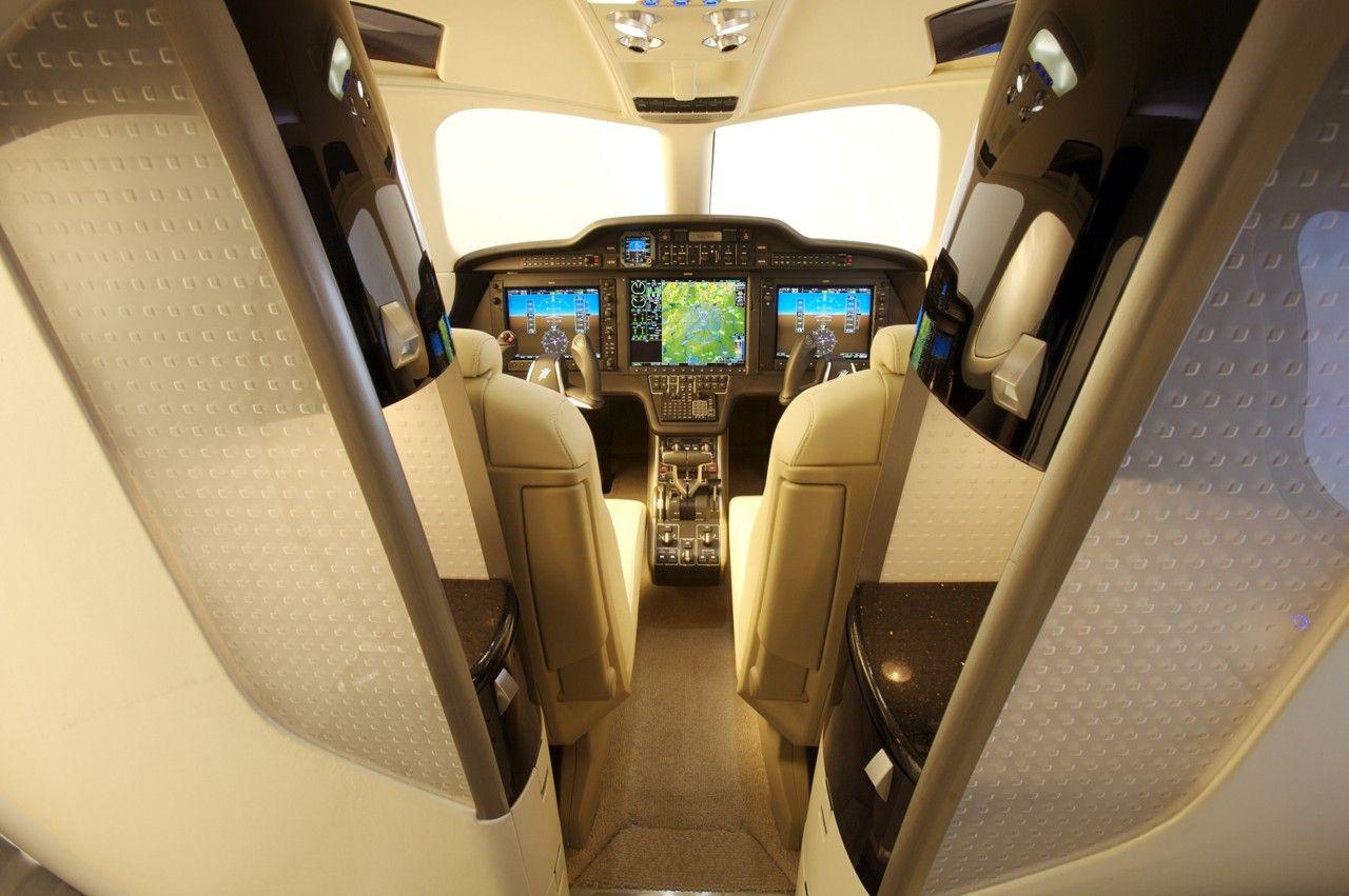 Phenom 300 cockpit phenom executive jet line leaders of innovation - Honda Jet For Sale Buy Or Sell Honda Jet Private Jet Price List On Airplanes