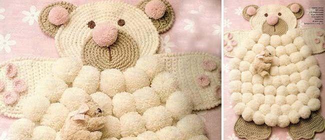Pompom bear rug  Free Pattern  Crochet Bear Pompom rug - Coats Cucirini  This pattern has written instructions in Italian and a PDF diagram pattern  - no ... f275f523152