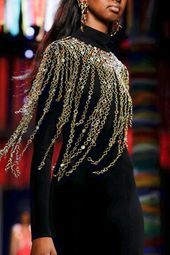 #fallwinter #fashiontrendsautumnwinter201920 #gurung #prabal #rtw Prabal Gurung ...