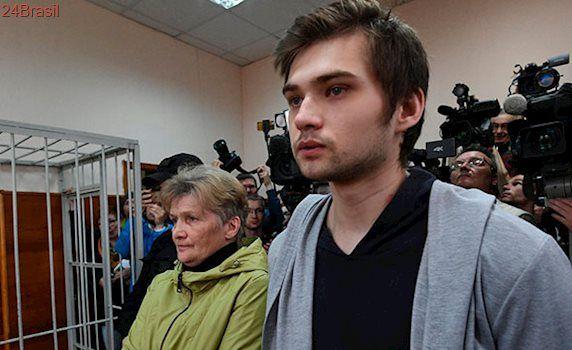 YouTuber russo é condenado a 5 anos de prisão por jogar Pokémon Go em igreja