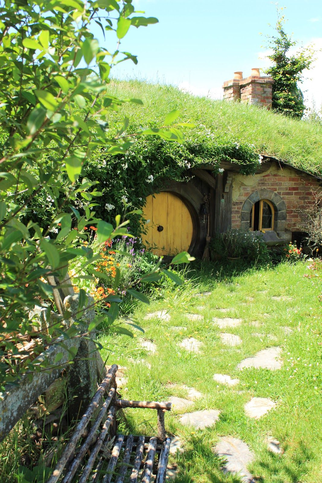 New Zealand Part 4 - Hobbiton (With images) | Landscape ...