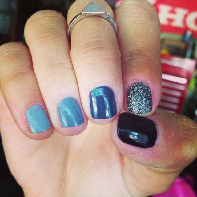 L.A Girl Ombr nail polish kit. Black to light gray Nail Art ...