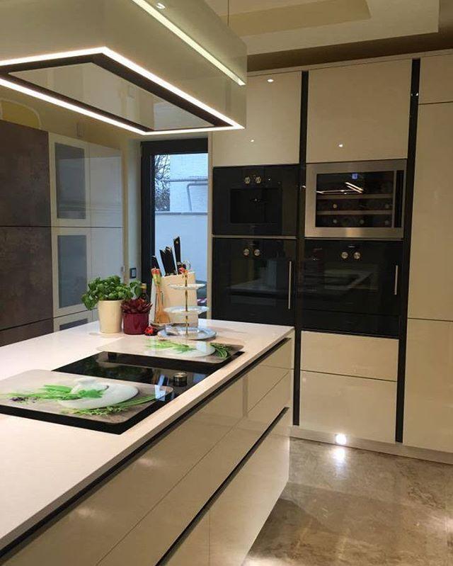 Modern und warm Küche Dekor mit Kurttas Studio. #kurttasstudio ...