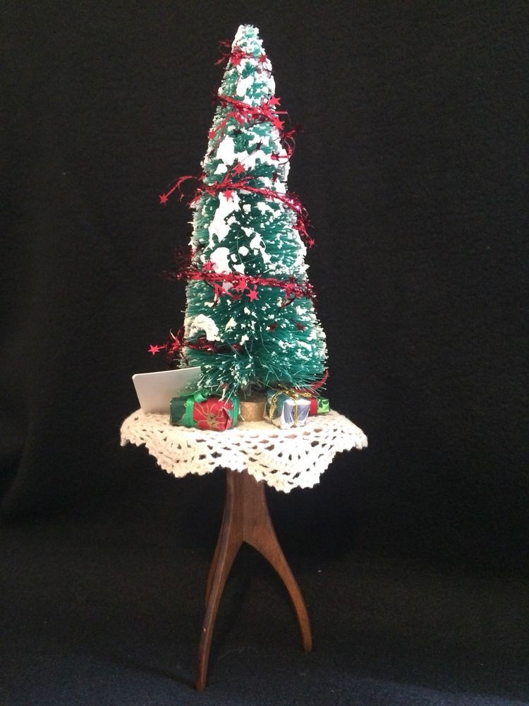 Byers Choice Bottle Brush Christmas Tree On Table With Gifts Carolers Accessory Bottle Brush Christmas Trees Christmas Tree On Table Christmas