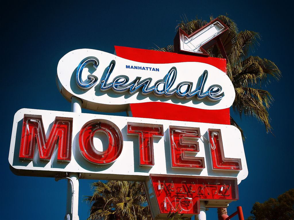 Manhattan Motel Sign | Glendale, California