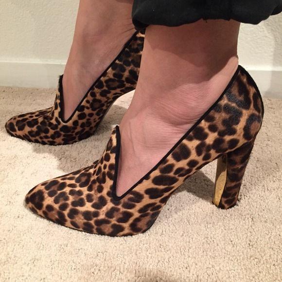 HP! Stuart Weitzman leopard calf hair